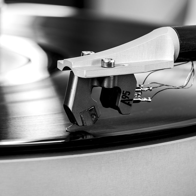 Airbearing Turntables And Tonearms Record Closeup.