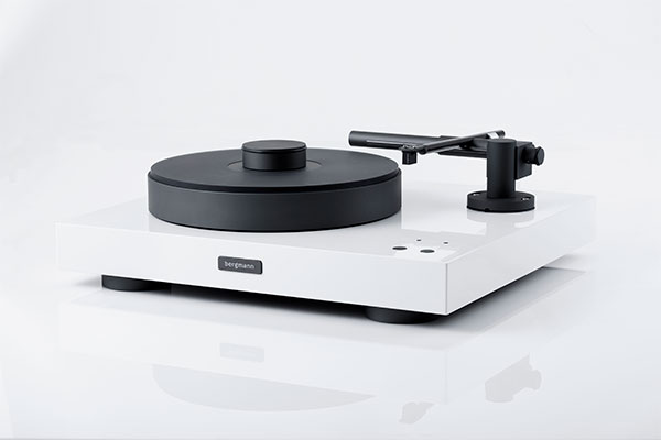 Turntable from Bergmann - White edition