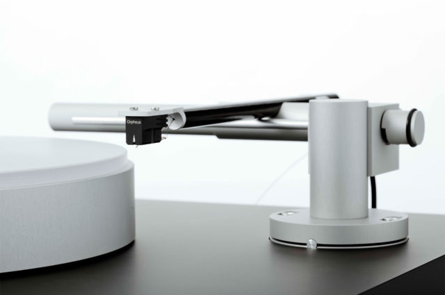 Magne Turntable System With Tonearm Closeup
